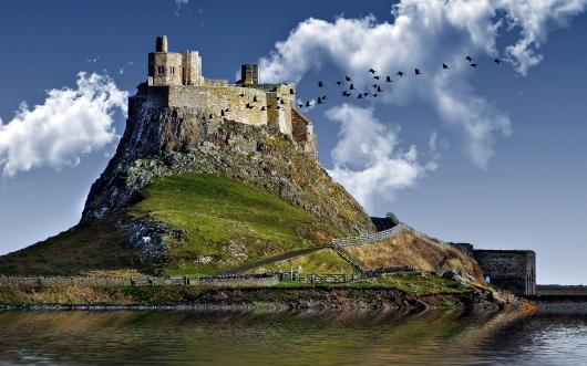 castle-hill-lake.jpg